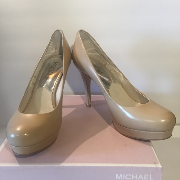 375de47e6b80 MICHAEL Michael Kors Shoes